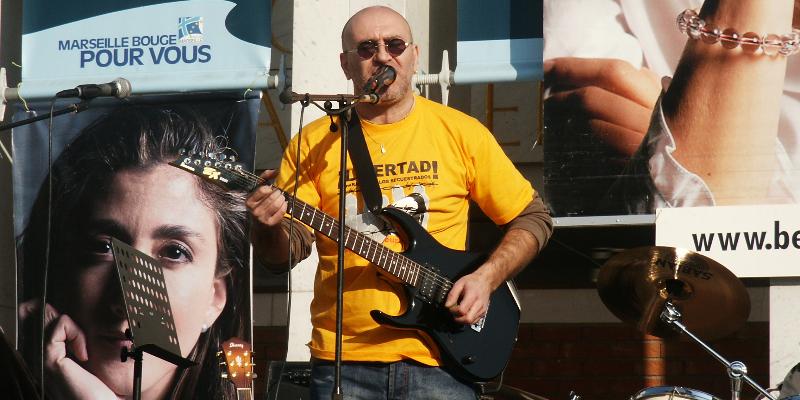 iaco, musicien Rock en représentation - photo de couverture n° 1