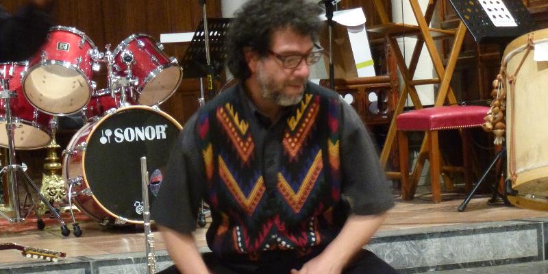 Gerardo Gutiérrez Bernal, groupe de musique Musiques du monde en représentation - photo de couverture n° 2