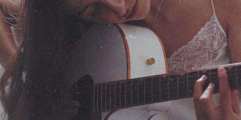 ØDE, musicien Acoustique en représentation à Paris - photo de couverture