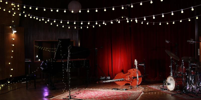 Whisper Note, groupe de musique Jazz en représentation - photo de couverture n° 3