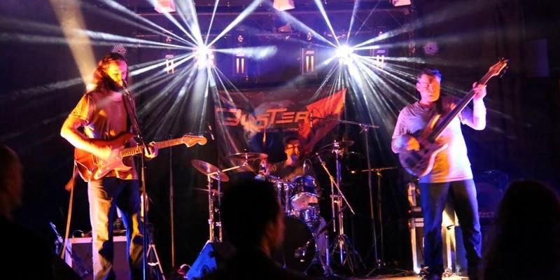 Buster SpaceRock, groupe de musique Rock en représentation - photo de couverture n° 2