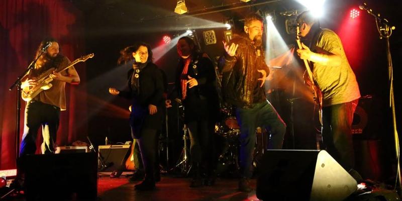 Buster SpaceRock, groupe de musique Rock en représentation - photo de couverture n° 3
