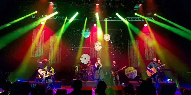 NABILA DALI, groupe de musique Pop en représentation - photo de couverture n° 2