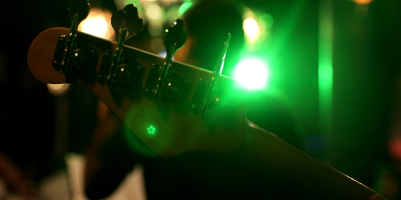 I luv this band , groupe de musique Soul en représentation - photo de couverture n° 1
