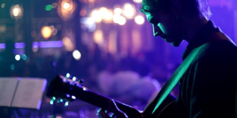 I luv this band , groupe de musique Soul en représentation - photo de couverture n° 3