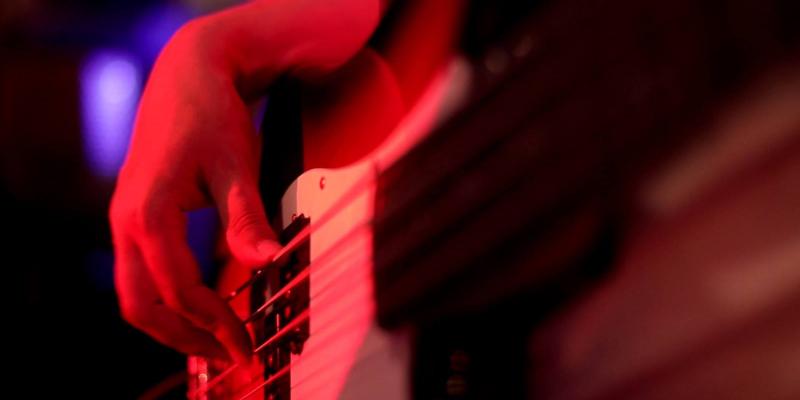 I luv this band , groupe de musique Soul en représentation - photo de couverture n° 2