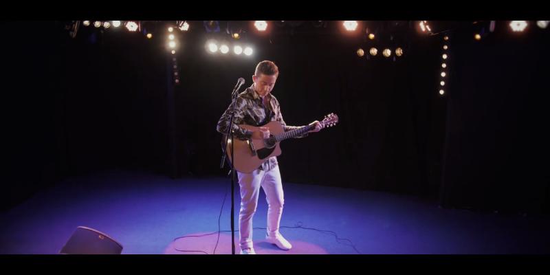 MARVIN , musicien Chanteur en représentation à Vaucluse - photo de couverture n° 2
