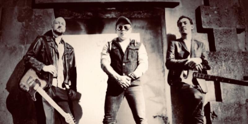 Haze Project Trio, groupe de musique Rock en représentation - photo de couverture n° 1