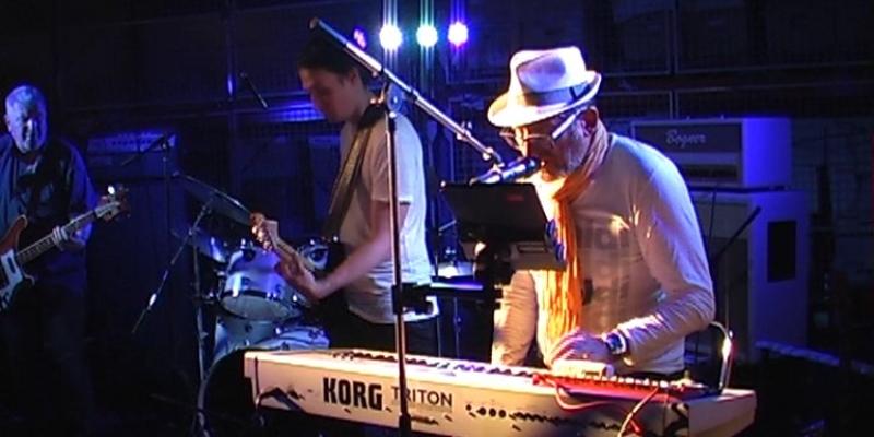 Chrysalide, groupe de musique Rock en représentation - photo de couverture