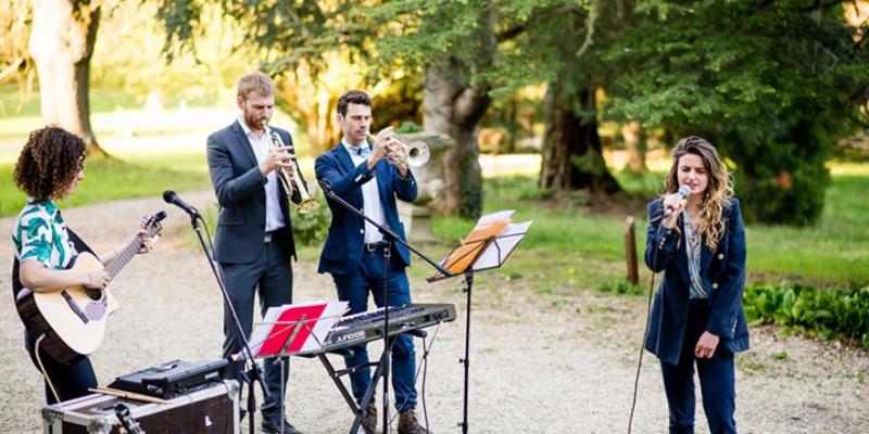 Cassandre Oostk, musicien Chanteur en représentation à Paris - photo de couverture n° 2