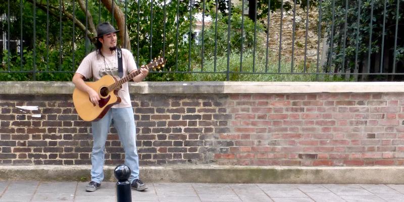 Mikel P., musicien Chanteur en représentation à Paris - photo de couverture n° 3