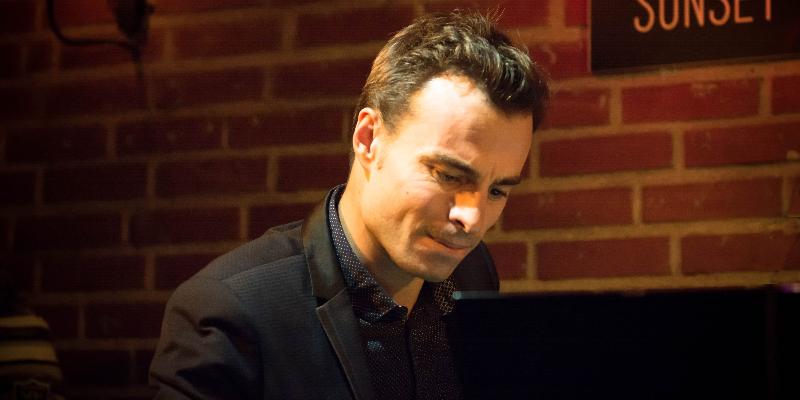 Thomas Mayeras, musicien Pianiste en représentation à Loire Atlantique - photo de couverture n° 2