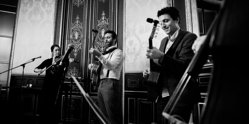 Dyslexic Swing & The Silent..., groupe de musique Guitariste en représentation à Paris - photo de couverture n° 3