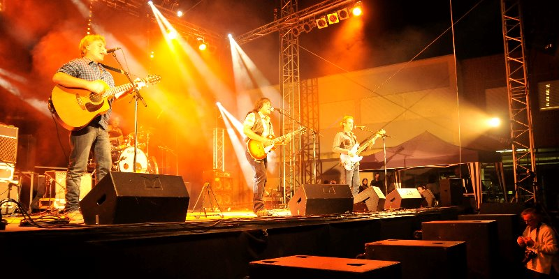 GREEN RIVER, groupe de musique Rock en représentation - photo de couverture n° 1