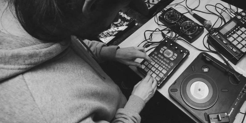 Saligo , musicien Electronique en représentation - photo de couverture n° 3