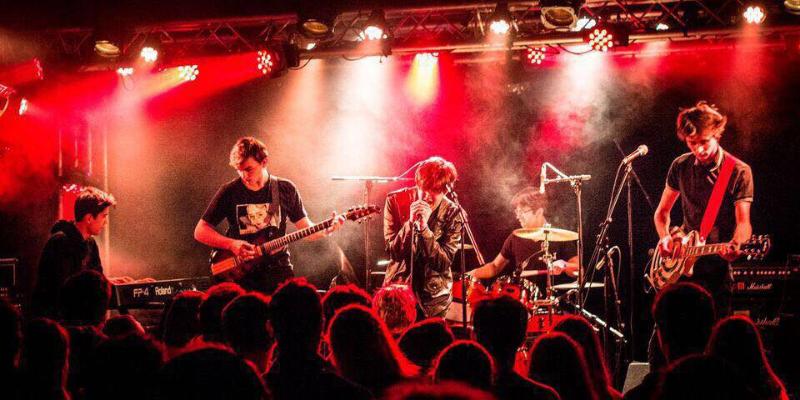 Half Pipe, groupe de musique Rock en représentation - photo de couverture