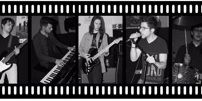 Lemon Bush, groupe de musique Rock en représentation - photo de couverture