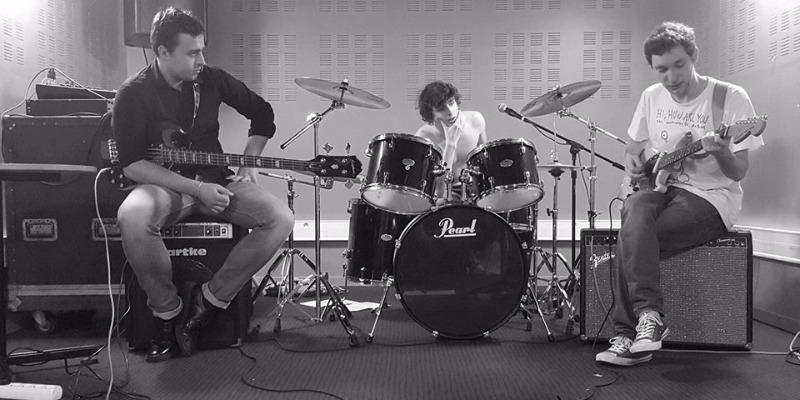 The Passionates , groupe de musique Rock en représentation - photo de couverture n° 1