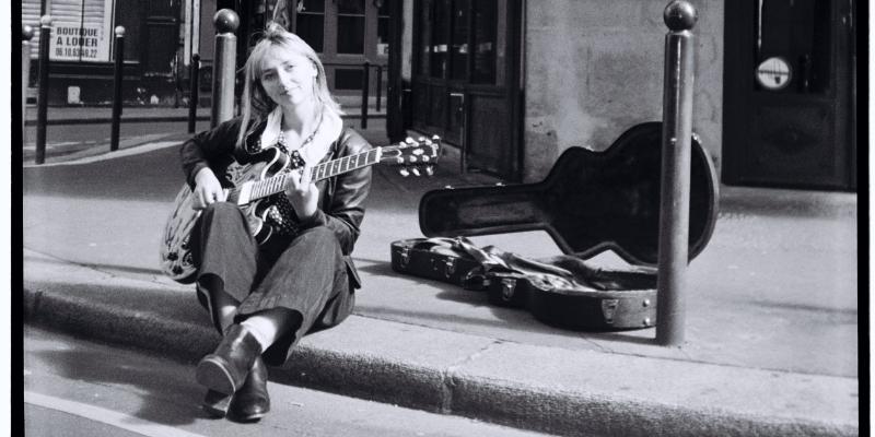 Mackenzie Leighton, musicien Chanteur en représentation à Paris - photo de couverture n° 3
