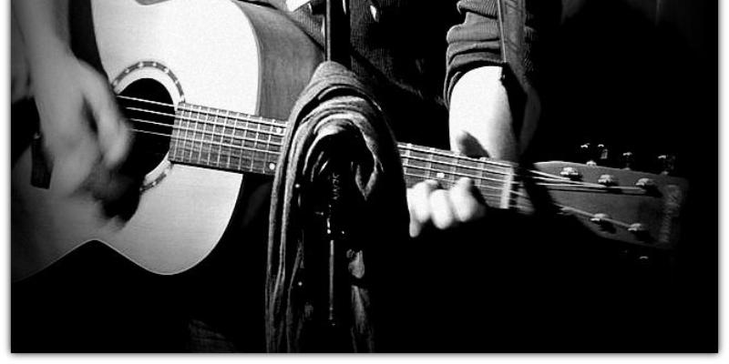 slide, musicien Rock en représentation à Paris - photo de couverture