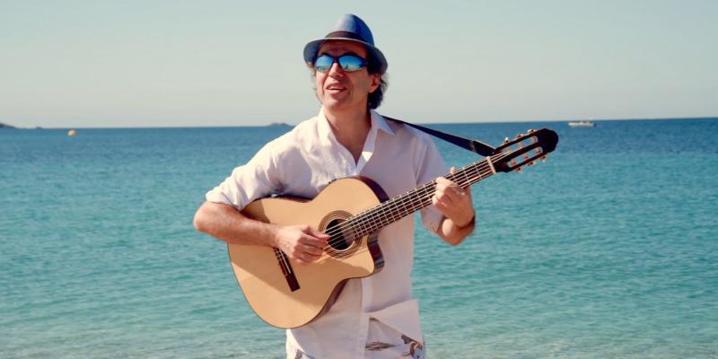 eskélis, musicien Chanteur en représentation - photo de couverture n° 2