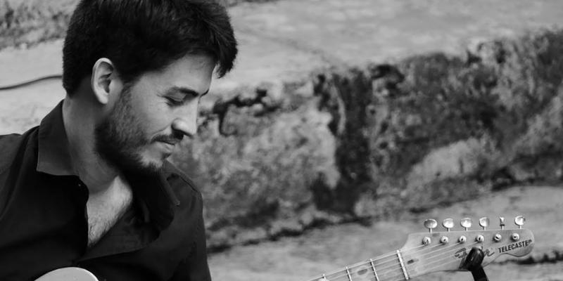 Jean-Baptiste Hardy, groupe de musique Guitariste en représentation à Paris - photo de couverture n° 1