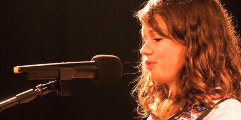 Audrey Loyé, musicien Rock en représentation - photo de couverture n° 1