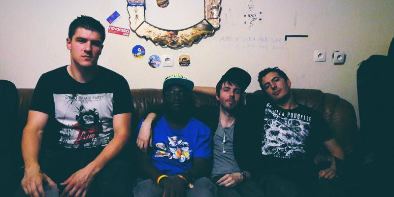 NOCOM, groupe de musique Rock en représentation à Paris - photo de couverture