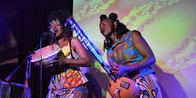 Germaine Kobo & Bella Lawson, musicien Electronique en représentation à Bouches du Rhône - photo de couverture n° 3