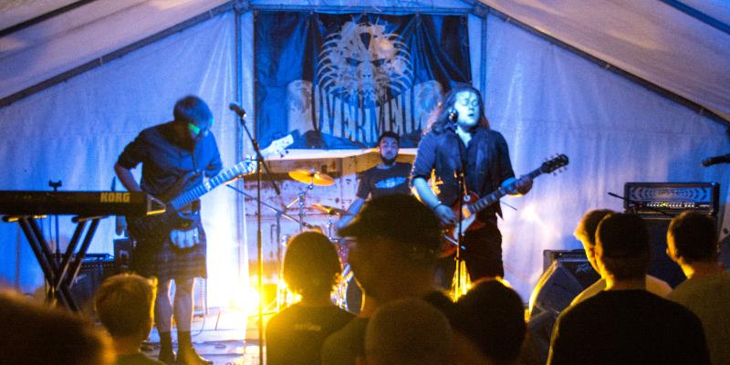 OVERMEIL, groupe de musique Rock en représentation - photo de couverture n° 2