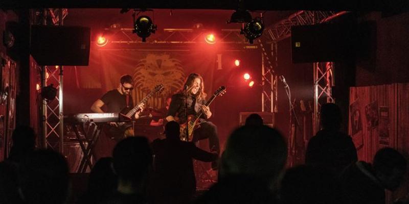 OVERMEIL, groupe de musique Rock en représentation - photo de couverture n° 3