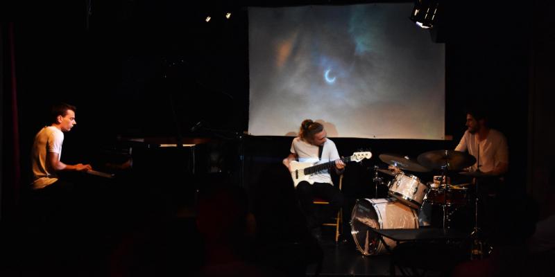 Emergency Lane , groupe de musique Jazz en représentation à Val de Marne - photo de couverture n° 1