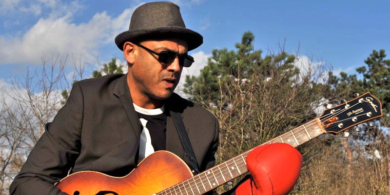 Saam, musicien Chanteur en représentation à Seine Saint Denis - photo de couverture n° 2