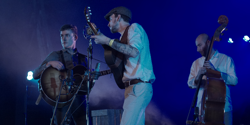 No Thirteen Claps, groupe de musique Folk en représentation à Vendée - photo de couverture n° 3
