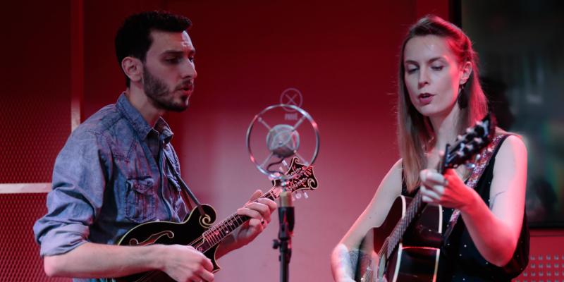 Glenn Arzel & Claire Nivard, musicien Folk en représentation à Rhône - photo de couverture n° 2