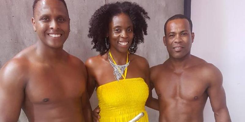 Kristele chante le Brésil, groupe de musique Bossa Nova en représentation - photo de couverture n° 2
