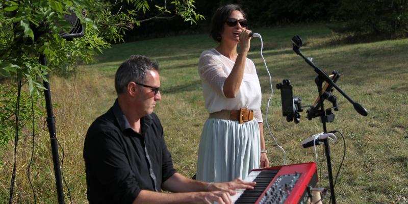 GINGER BROWN Live Music & DJ, groupe de musique Jazz en représentation à Var - photo de couverture n° 3