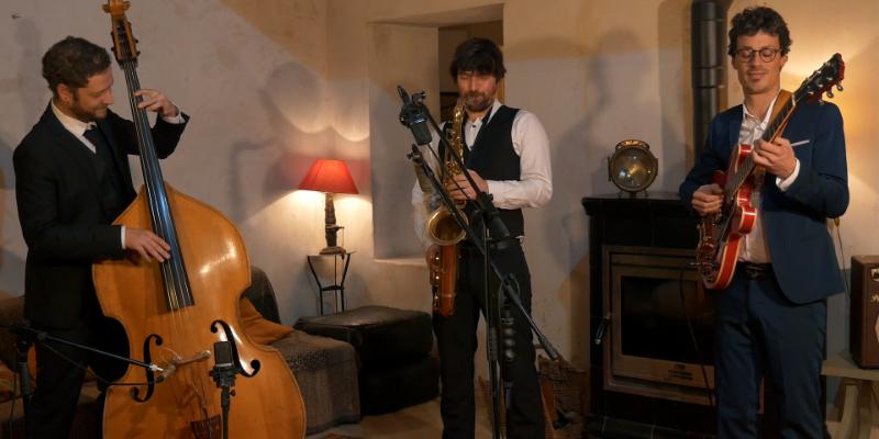 Luxe Trio, groupe de musique Jazz en représentation - photo de couverture