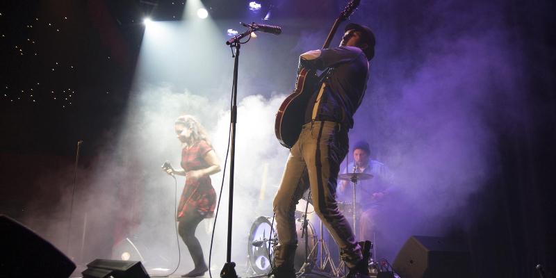 Burning Instant Karma, groupe de musique Rock en représentation à Var - photo de couverture n° 1
