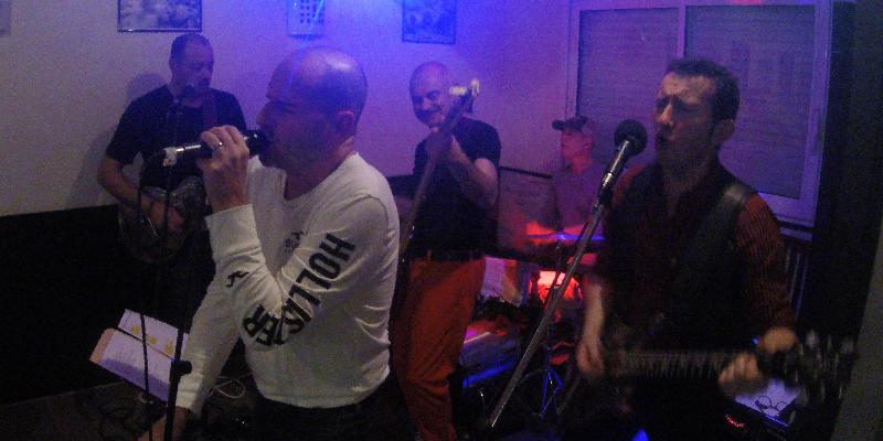 Snapshot, groupe de musique Rock en représentation à Seine et Marne - photo de couverture n° 2