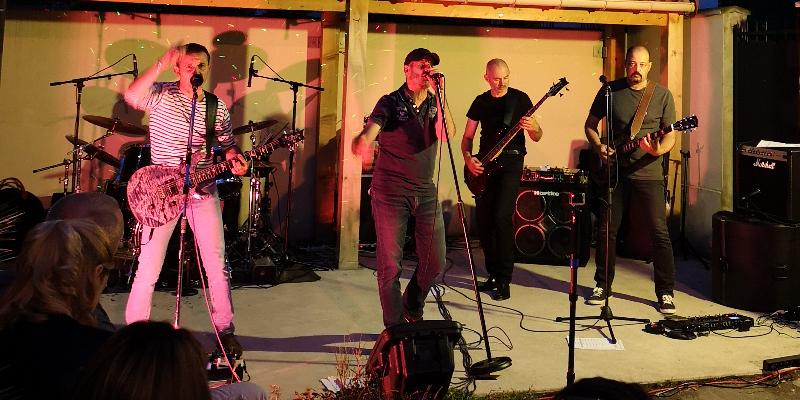 Snapshot, groupe de musique Rock en représentation à Seine et Marne - photo de couverture n° 1