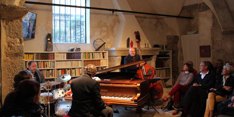 French Sumo, groupe de musique Jazz en représentation - photo de couverture n° 2