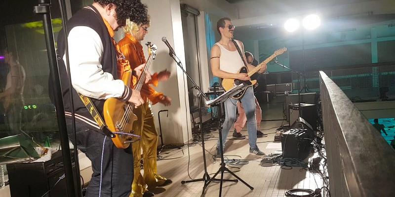 Théo Cupcic, groupe de musique Rock en représentation à Nord - photo de couverture n° 3