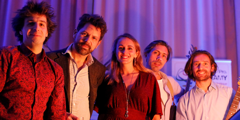 TiphAnie & The Bakers, groupe de musique Rock en représentation à Paris - photo de couverture n° 1