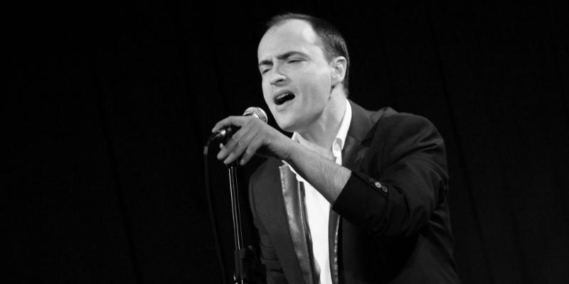 Viano, groupe de musique Chanteur en représentation à Alpes Maritimes - photo de couverture n° 3