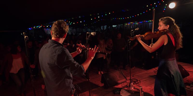 Tolkîa, groupe de musique Musiques du monde en représentation à Gironde - photo de couverture n° 2
