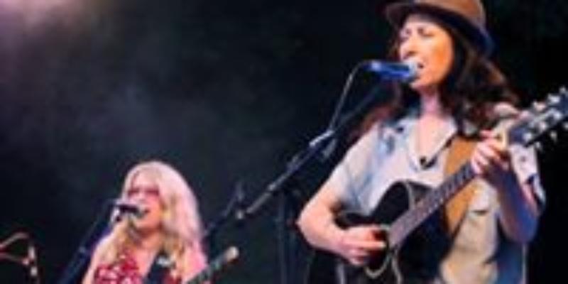 Les Poulettes, groupe de musique Pop en représentation à Bouches du Rhône - photo de couverture n° 2