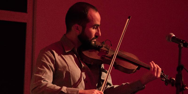 Au Pied du Mur, groupe de musique Expérimental en représentation à Bouches du Rhône - photo de couverture n° 2