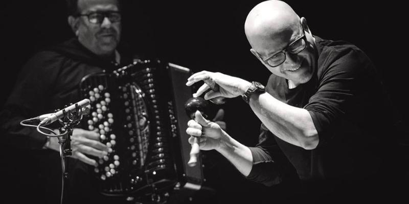 RAFAEL MEJIAS, groupe de musique Acoustique en représentation à Paris - photo de couverture n° 2