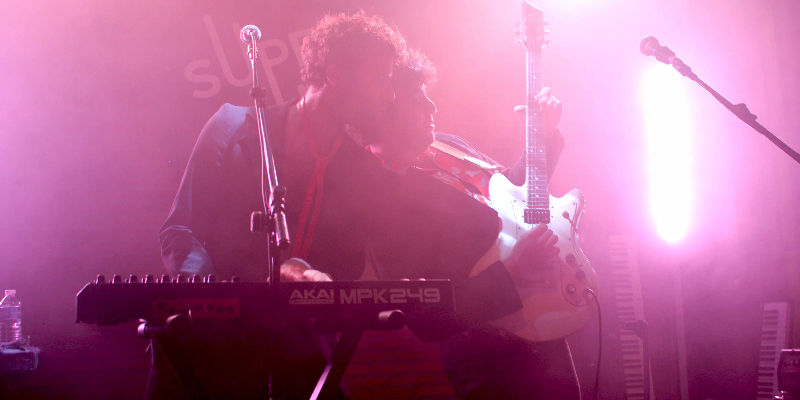 Newblast, musicien Rock en représentation - photo de couverture n° 2
